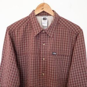 The North Face Men Size L Shirt Hiking Camping